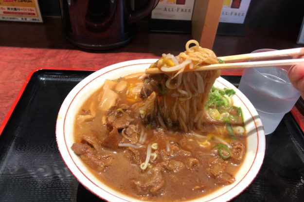 「徳島ラーメン奥屋 北島店 ~濃厚な豚骨醤油スープと自家製麺が自慢!!~」